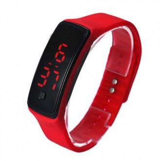 Hodinky - Sportovní digitální hodinky - červené