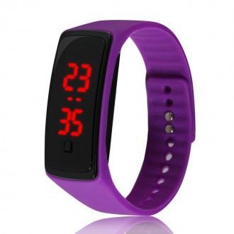Hodinky - Sportovní digitální hodinky - fialové