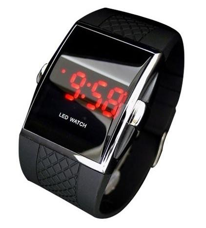 91dcae33151 Stylové digitální hodinky s červenými LED - iPal.cz