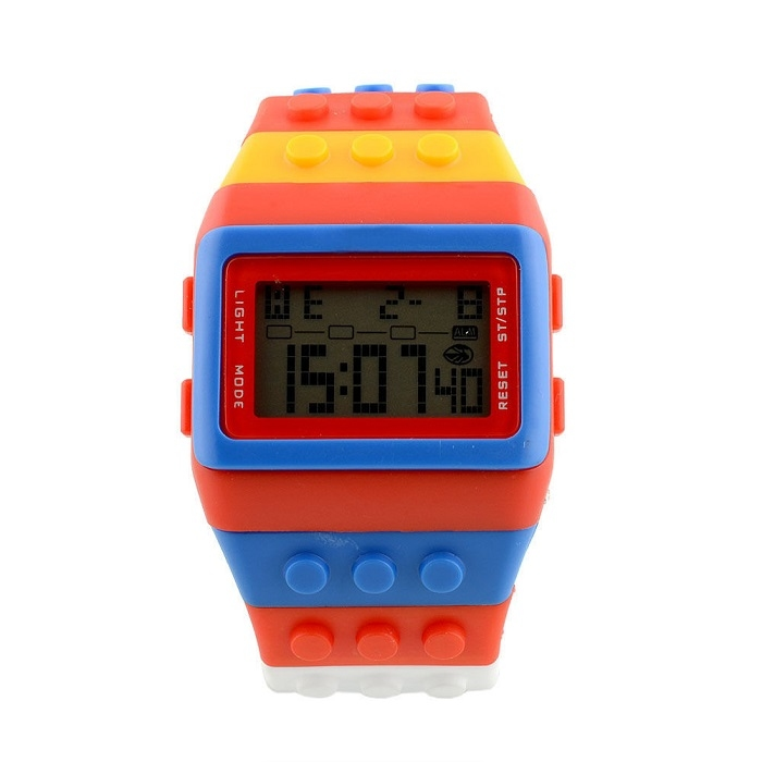 aa732d077e6 digitální hodinky z Lego kostek - iPal.cz