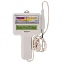 pH metr a měřič hladiny chlóru v bazénové vodě